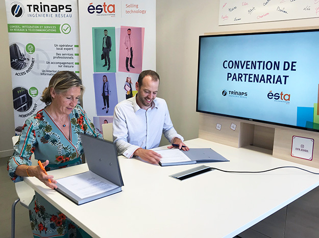 Signature du partenariat ESTA-TRINAPS sur la transformation digitale